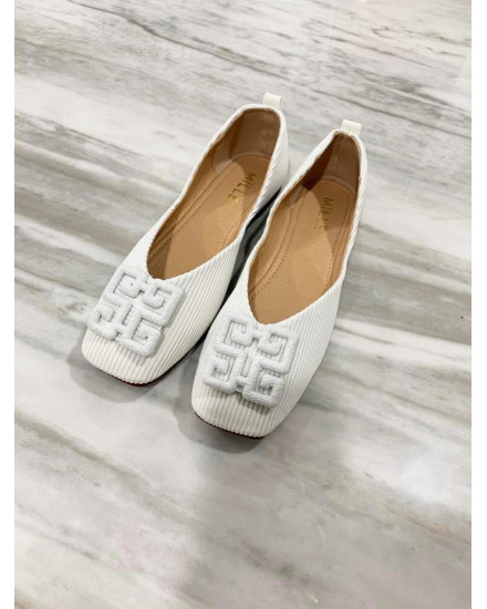 Sandy Shoes White